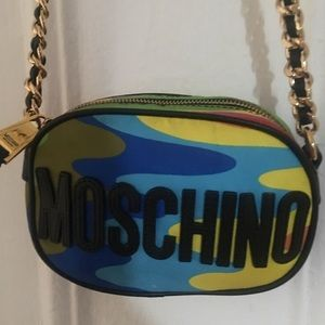 100% moschino camo crossbody bag